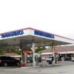 Ramsey police seek armed robber of SuperAmerica.